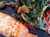 Pavé saumon poêlée chou kale/poivron/olive