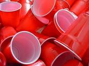 fameux gobelet rouge plastique Etats Unis