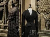 Balenciaga, l'œuvre noir exposition entre couture sculpture