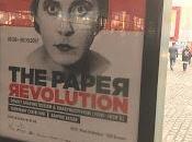 Médias papier service révolution russe affiches magazines