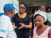Côte d'Ivoire Blick Bassy auprès personnel d'Action contre Faim