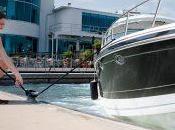 Conseils d'accostage pour bateau moteur unique