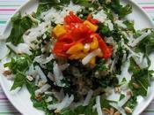 Salade tiède riz-Kale, accompagnée poivrons, roquette radis Daikon (Vegan)