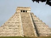 passage caché découvert sous ancien temple maya
