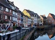 L'Alsace décembre Jour Colmar, bonnets pompon, marchés Noël, camelots Gilles Legardinier