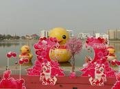 Udon-Thani, année chien saint valentin, canard fait show