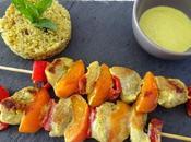 Brochettes porc poivrons abricots, marinade lait coco/curry/citron