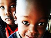 Ghana -Bilingual Mini chronicle daily life, mini chronique bilingue quotodienne.