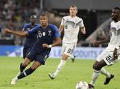 L'analyse Pierre Ménès prestation Mbappé Bleu