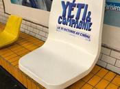sièges géants installés dans métro pour Yéti Compagnie