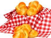 Petits pains tressés.