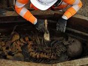 ancien site funéraire découvert avant construction d'une ligne ferroviaire Angleterre