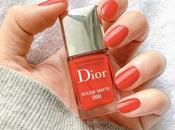 Manucure moment avec vernis Rouge Matte Dior