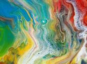 Créez magnifique toile d'art abstrait faisant l'acrylique pouring