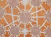 Focus peinture pointilliste aborigène Dave Ross PWERLE