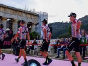 Palace s'insère dans culture cyclisme avec collab Rapha