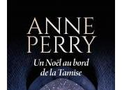 Noël Bord Tamise d'Anne Perry