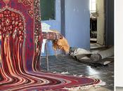 tapis semble fondre flaque visqueuse