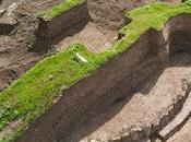 tumulus vieux 5500 avec cercle pierres découvert Ukraine